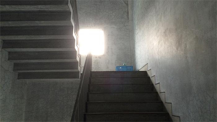 七賢蔵の階段